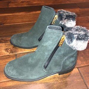 Women's size 8 Cole ham quinney waterproof boots
